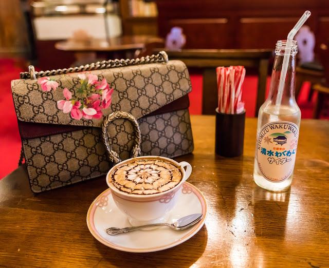 https://pixabay.com/en/coffee-gourmet-food-restaurant-1497619/